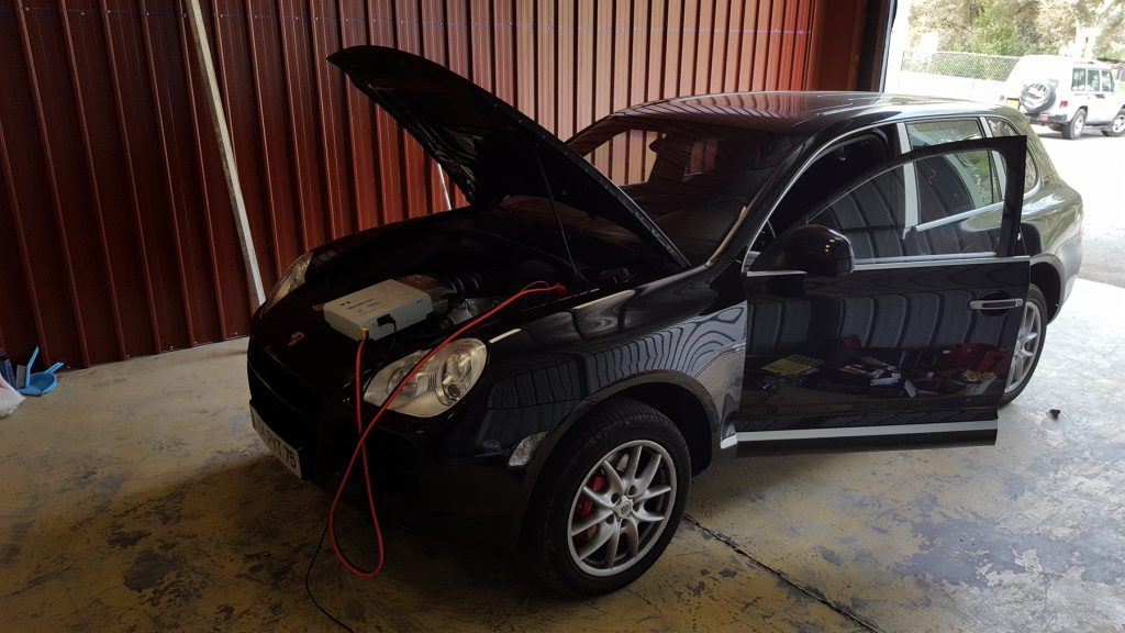 notre reprogrammateur voiture a fait gagné 50 chevaux au Porsche Cayenne